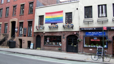 Stonewall Inn, nombrado monumento histórico de Nueva York
