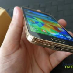 Foto 9 de 19 de la galería samsung-galaxy-s5-mini-diseno en Xataka Android
