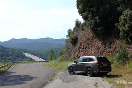 Mitsubishi Outlander Phev 105