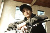 Daniel Radcliffe si oye cantar a Justin Bieber, no sabe si es chico o chica