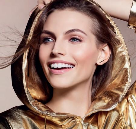 Clarins lanza Everlasting Youth Fluid, la última generación de bases de maquillaje a la que unen lo mejor del tratamiento (y que ya estamos deseando probar)