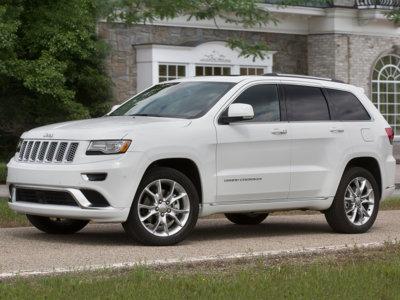 Para la NHTSA algunos conductores de Jeep Grand Cherokee no saben poner el cambio automático en posición P