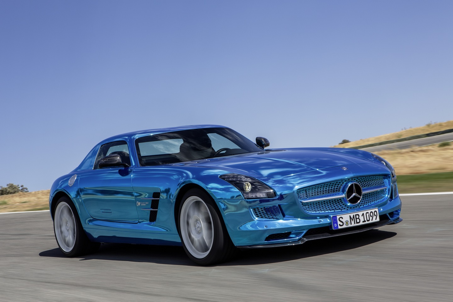 Foto de Mercedes-Benz SLS AMG Coupé Electric Drive (3/7)