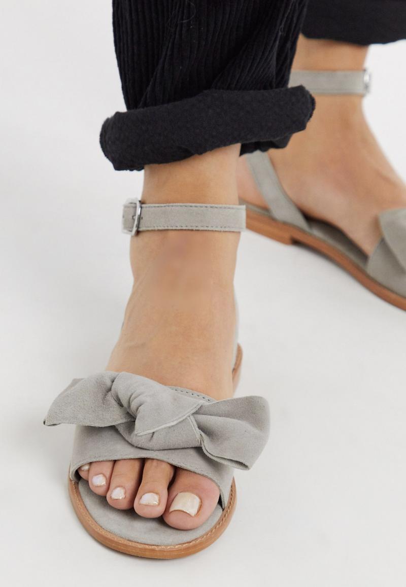 Sandalias de cuero con lazo de Vero Moda