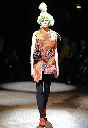 Comme des Garçons, Primavera-Verano 2010 en la Semana de la Moda de París II