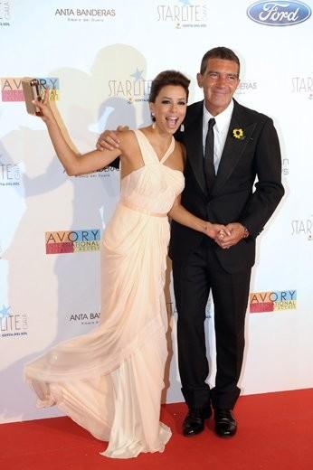 Antonio Banderas y Eva Longoria sí que saben organizar fiestones