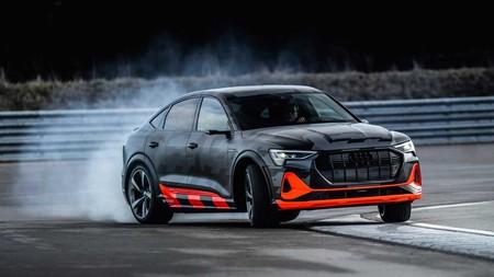 Audi E-Tron S derrapa