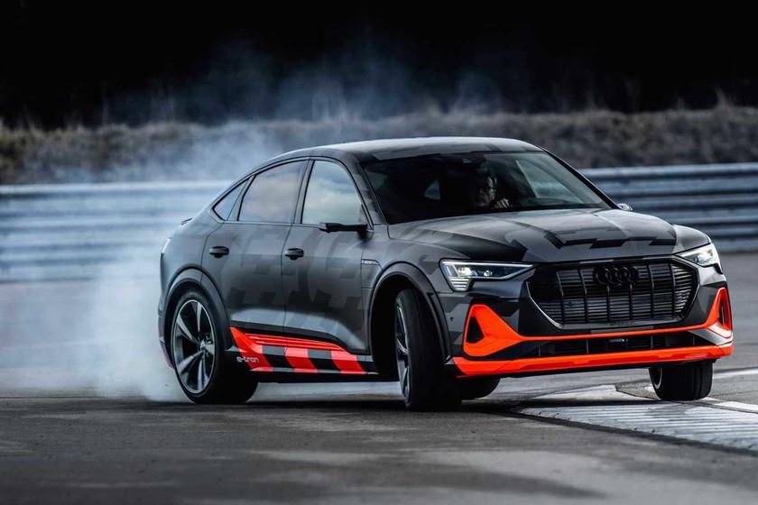 Audi se desmelena con los coches eléctricos e-tron S y e-tron S Sportback de 503 CV, con tres motores y mucha tracción trasera
