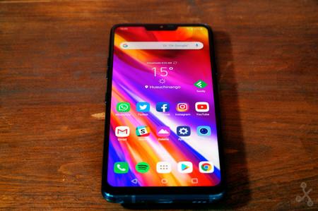 LG G8 con dos pantallas: un segundo panel se podría añadir con una funda y lo veríamos en el MWC 2019