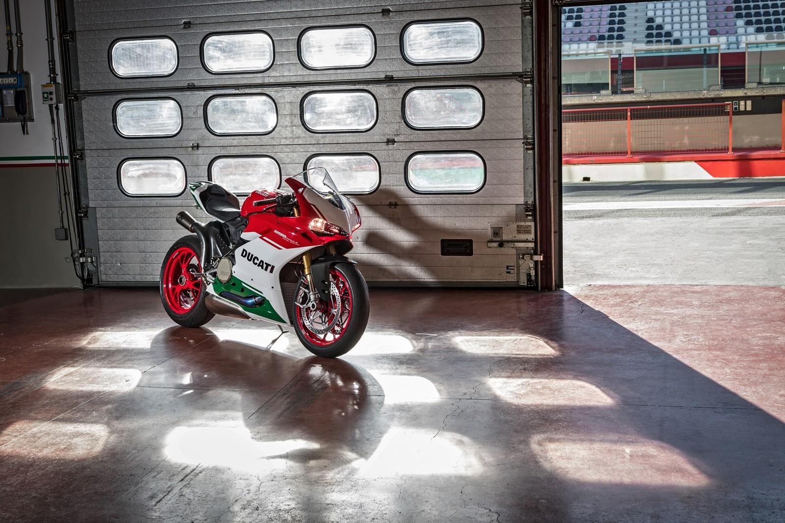 Foto de Ducati 1299 Panigale R Final Edition (17/58)