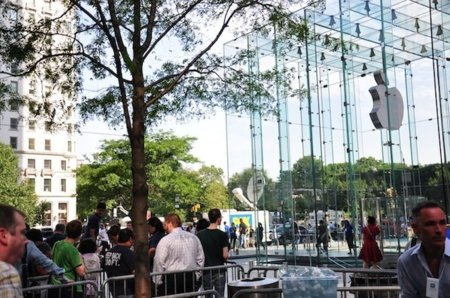 Desde Nueva York: Así fue el lanzamiento del iPhone 4 en la Apple Store de la Quinta Avenida
