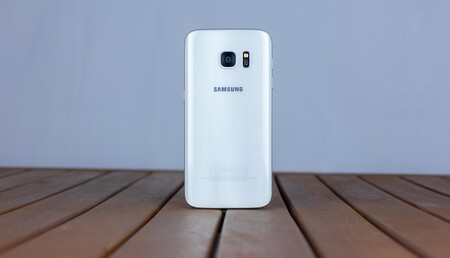 Regreso al Samsung Galaxy S7: analizamos un móvil con más de cuatro años que aún sigue en forma