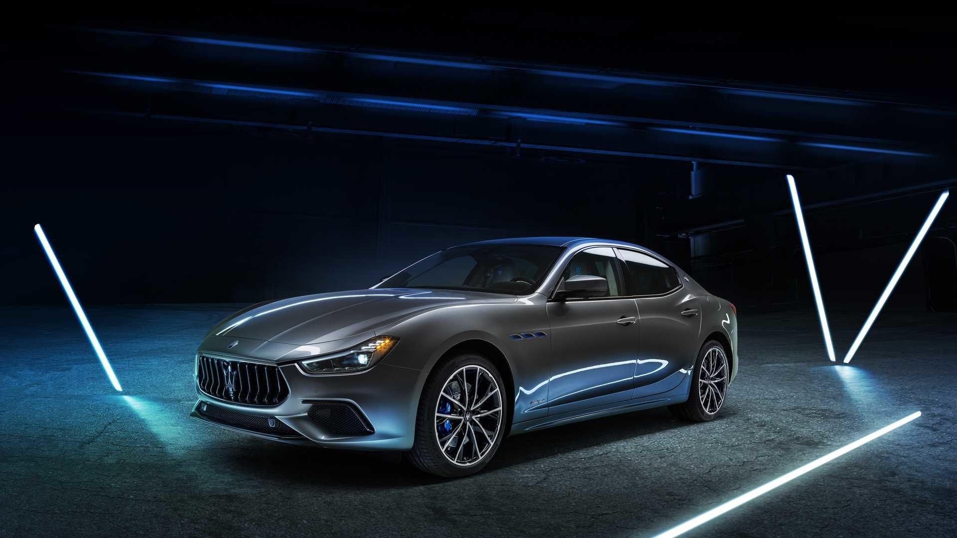 Foto de Maserati Ghibli Hybrid 2020 (8/26)