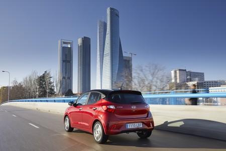 Hyundai i10 2020 trasera