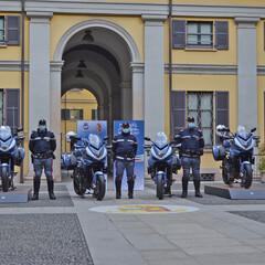 Foto 2 de 20 de la galería mv-agusta-turismo-veloce-800-lusso-scs-de-la-policia-de-milan en Motorpasion Moto