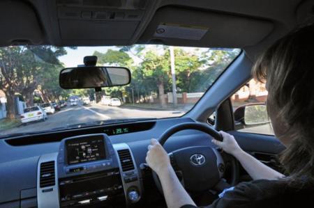Fomento amenaza al transporte sin autorización previa: ¿a por Uber o a por BlaBlaCar?