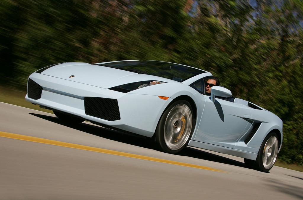 Foto de Lamborghini Gallardo Spyder (4/8)