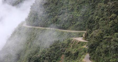 Las carreteras más peligrosas del mundo: Camino a los Yungas