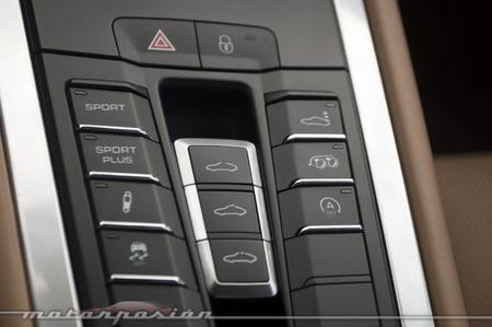 Porsche 911 Carrera 4S botones