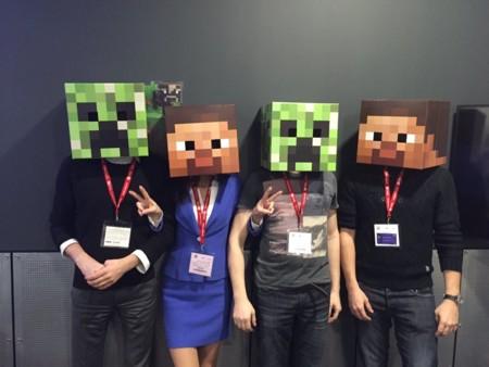 Jugar A Minecraft En El Aula Asi Es Como Construir A Base De