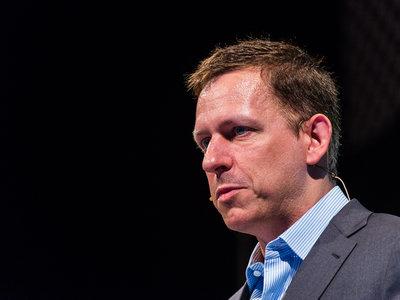 Bitcoin y criptomonedas son libertad, la inteligencia artificial comunismo (según Peter Thiel)