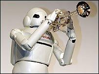 Toyota entra en la carrera por fabricar robots
