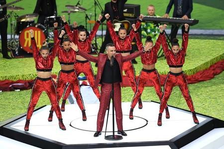 Robbie Williams Se Enfunda En Animal Print Para La Inauguracion De La Fifa World Cup En Rusia 2018 3