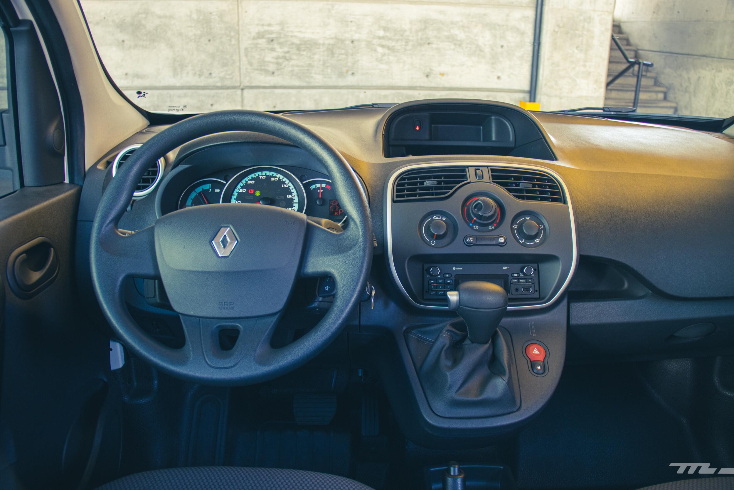 Foto de Renault Kango Z.E. Maxi 5 pasajeros (19/29)