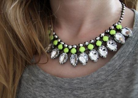 Collares-neon-primavera-verano 2012
