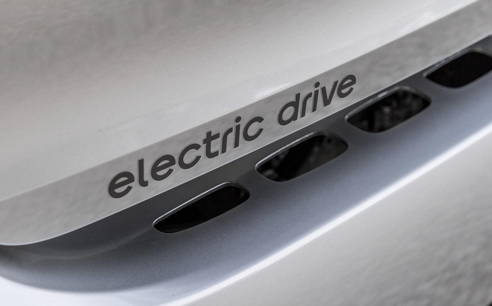 Foto de smart fortwo Electric Drive, toma de contacto (76/313)