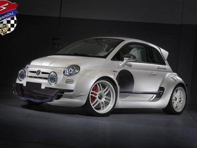 El Giannini 350GP es un RWD de 350 hp, más cercano a un Alfa Romeo 4C que a un Fiat 500