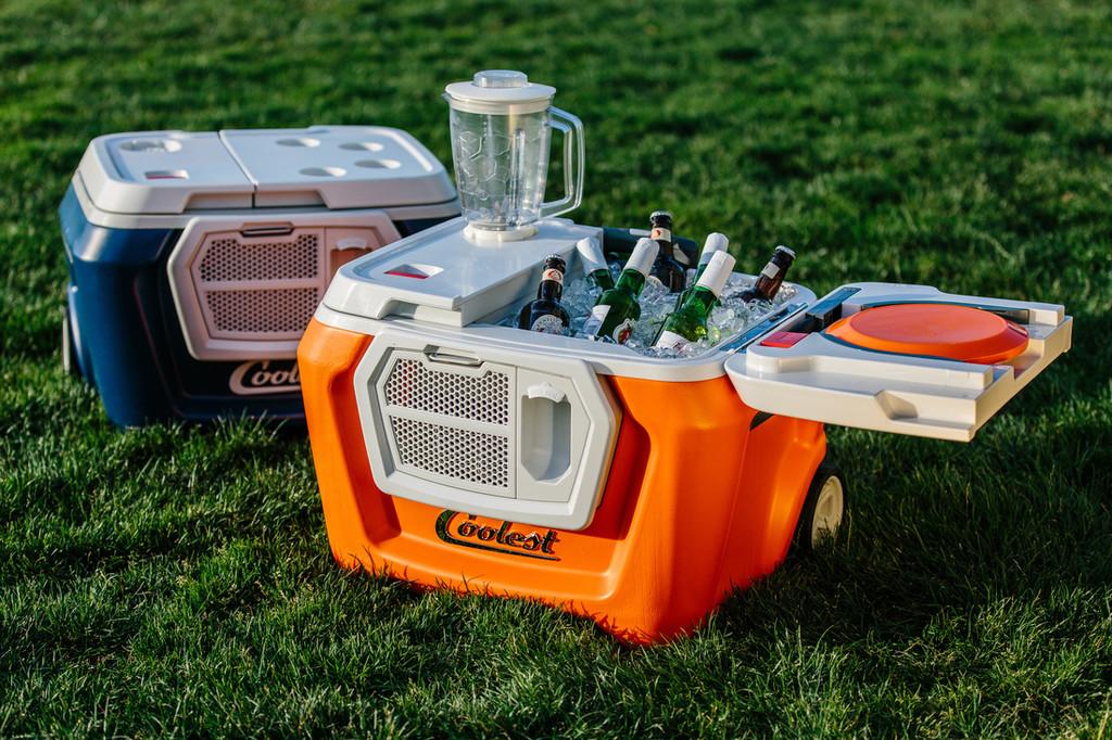 La compañía detrás de la Coolest Cooler anuncia su cierre y confirma que no todos recibirán su exitosa nevera multifuncional