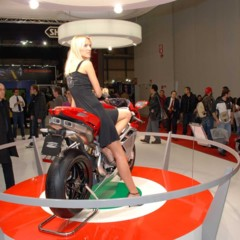 Foto 23 de 30 de la galería mv-agusta-f4-2010-galeria-en-alta-resolucion en Motorpasion Moto