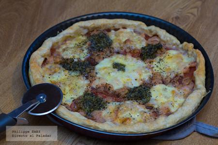Tarta de camarones, jitomate y queso Mozzarella