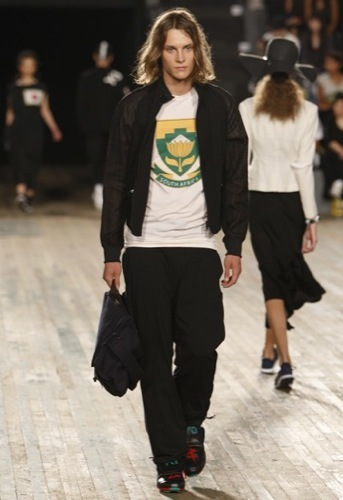 Foto de Y-3, Primavera-Verano 2010 en la Semana de la Moda de Nueva York (4/20)