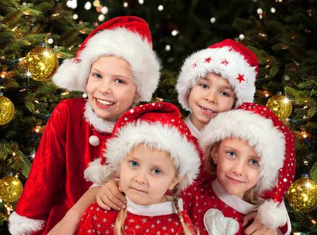 ¿Grabas el festival de Navidad de tu hijo? Piénsalo bien antes de compartir las imágenes de otros niños en las redes sociales