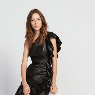 17 vestidos negros de fiesta que son un auténtico flechazo