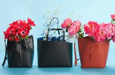 El bolso que está agotado en todo el mundo se llama Mansur Gavriel. ¿Qué tiene de especial?