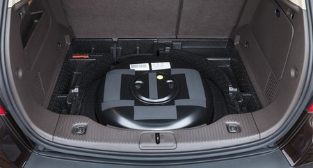 Maletero y depósito GLP de Opel Mokka