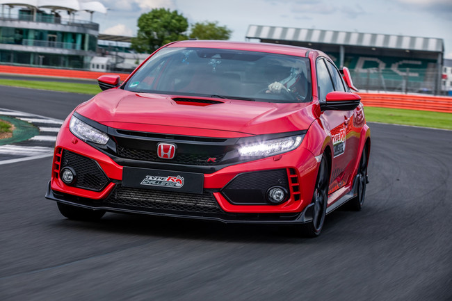 El Honda Civic Type R marca un nuevo récord en el circuito de Silverstone