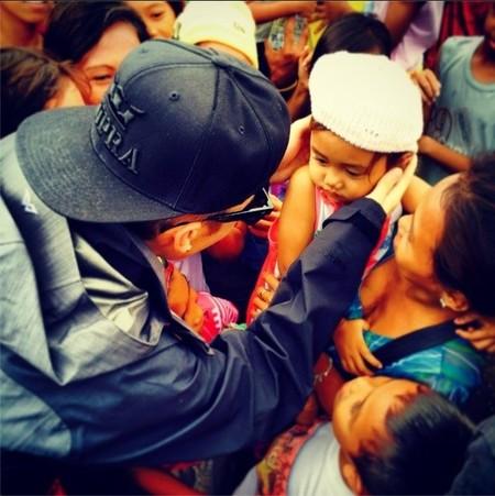 Justin Bieber también sabe ser solidario, ¿vale?