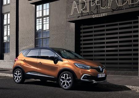El Renault Captur se renueva ligeramente en 2017 y estas 66 fotos lo demuestran