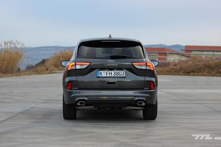 Ford Kuga Fhev 2021 trasera
