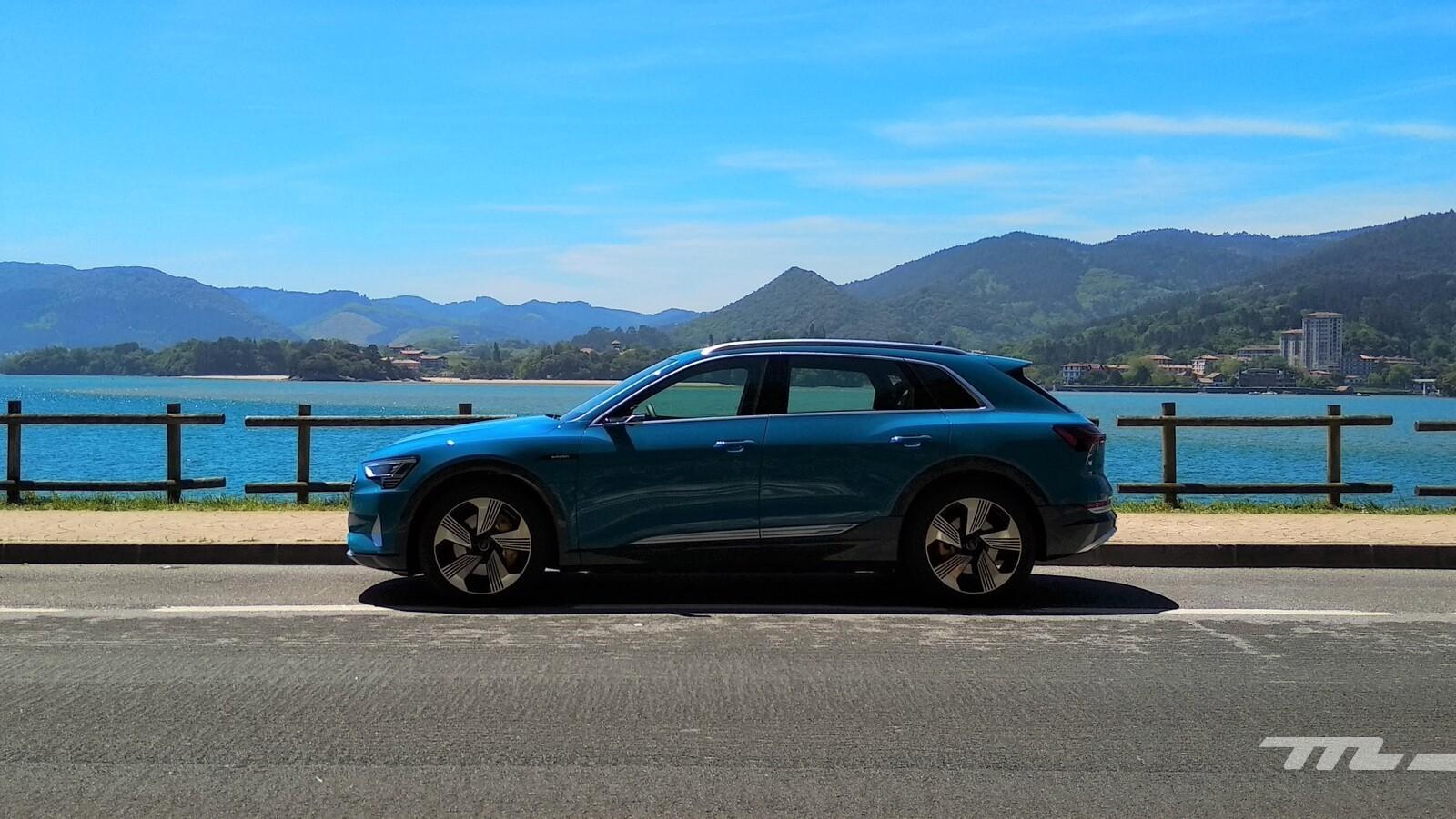 Foto de Audi e-tron (1/111)