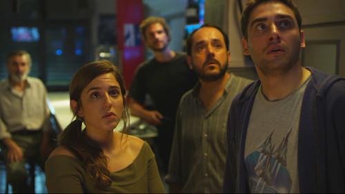 'Distopía' - Cuando 'Black Mirror' se hace desde la barra de un bar