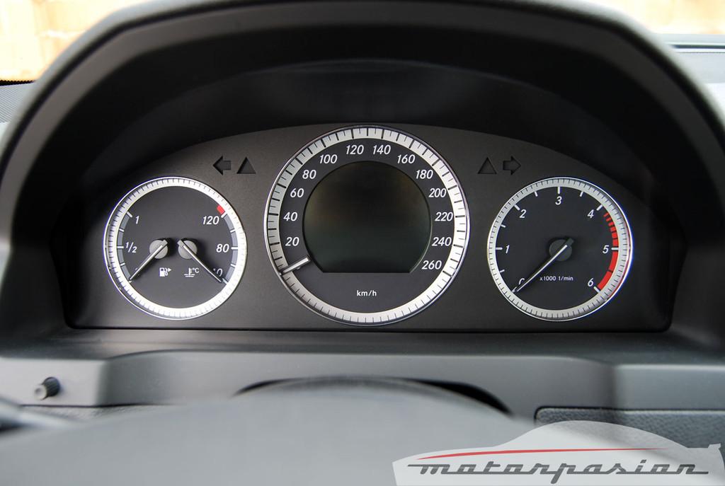 Foto de Mercedes Clase C 200 CDI BlueEfficiency (prueba) (17/56)