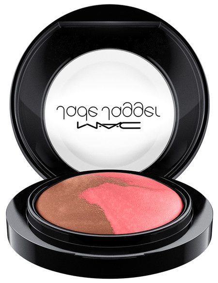 Holiday 2017 Mac Jade Jagger Blush2