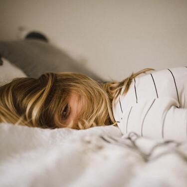 Cómo conciliar el sueño rápido según la ciencia: siete consejos para dormir mejor