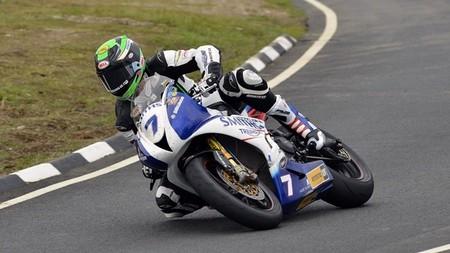 Triumph vuelve a ganar el TT de la Isla de Man