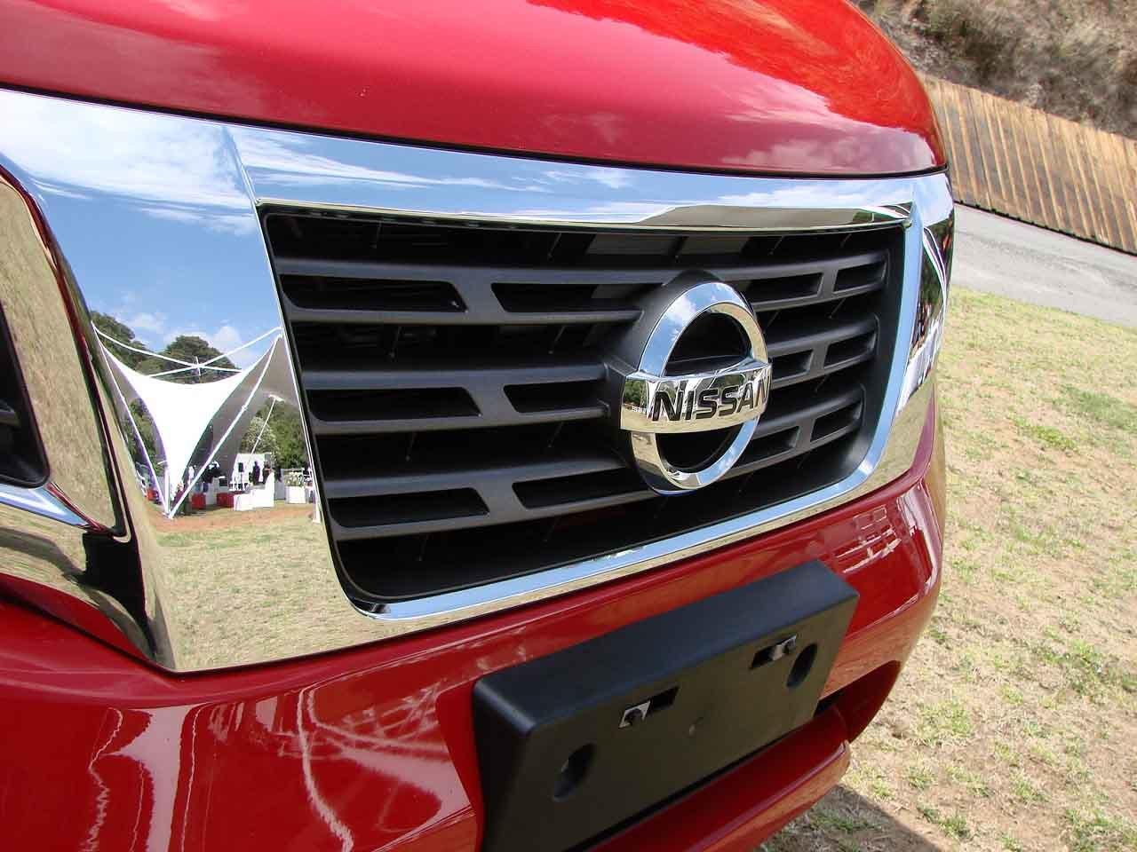 Foto de Nissan NP300 Frontier Diésel 4x4 prueba México (18/31)